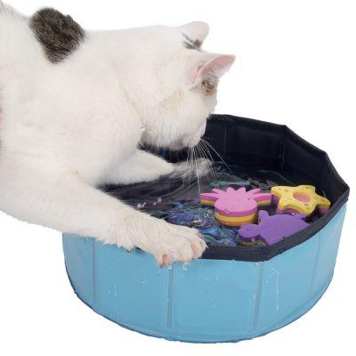 Piscina Kitty Pool com três brinquedos: diversão constante no verão